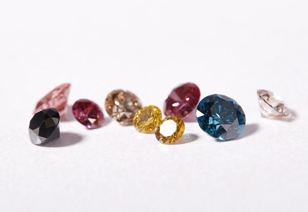 Šperky a drahé kamene